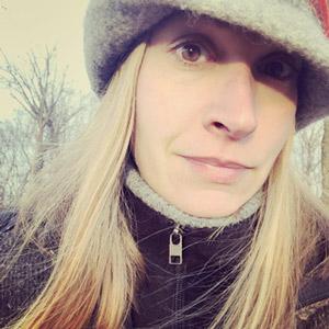 Ashley Dohe - Rose Therapist